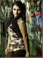 actress sarayu new photoshoot pic