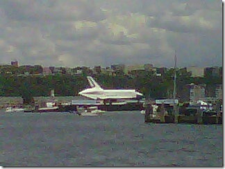 space shuttle intrepid hudson
