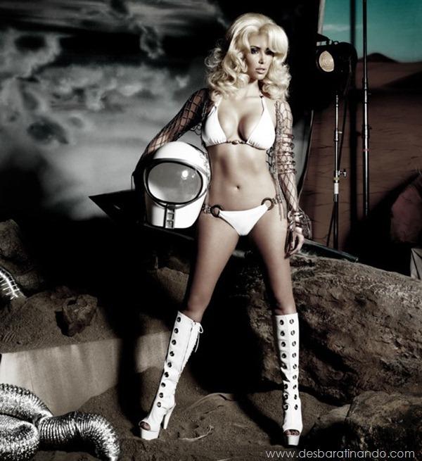 kim-kardashian-linda-sensual-sexy-sedutora-boob-peitos-decote-ass-bunda-gostosa-desbaratinando-sexta-proibida (146)