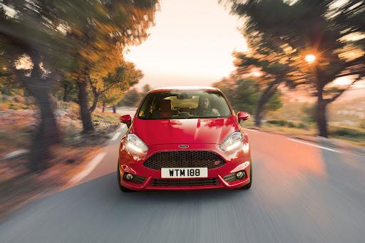 2012-Ford-Fiesta-ST-02.jpg