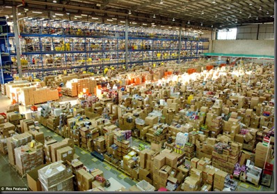 amazon-distribution-center-02 (1)