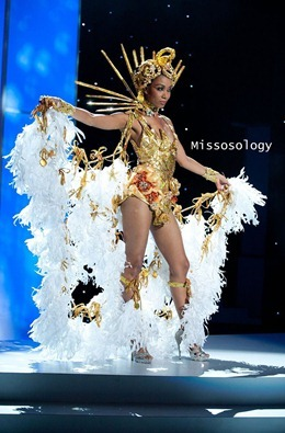 miss-uni-2011-costumes-62