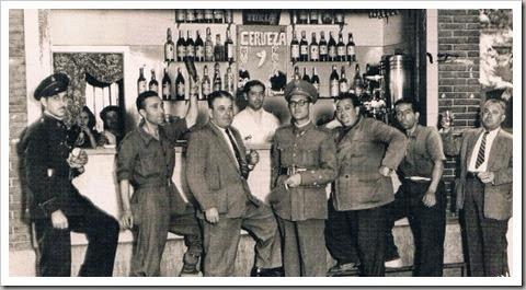 Bar. Valencia, 1951