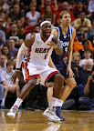 lebron james nba 130102 mia vs dal 15 King James Debuts LBJ X Portland PE But Ends Scoring Streak