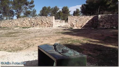 La Bastida de les Alcusses - Muralla y puerta oeste - Mogente