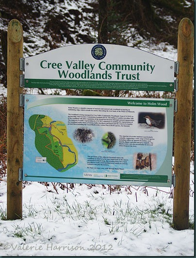 26-cree-valley-sign