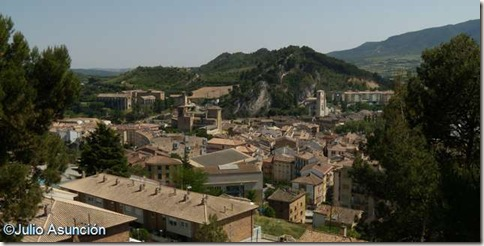 Panorámica de Estella desde la Basílica de la Virgen del Puy - Estella
