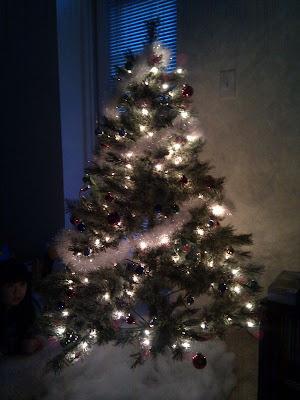 クリスマスツリー はじめました