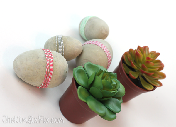How to make concrete easter eggs with plastic eggs as molds for the masonry cement. The perfect mix of modern and whimsical! AND EASY TO DO!