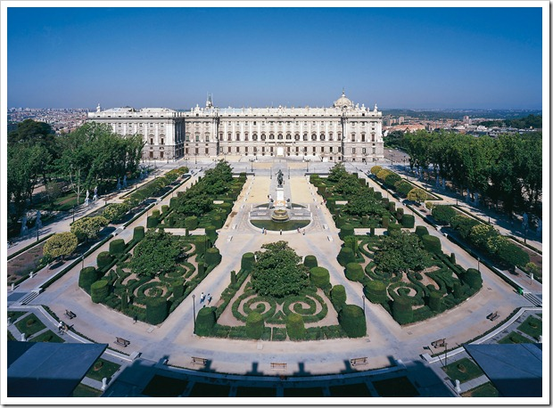 Madrid_plaza-de-oriente
