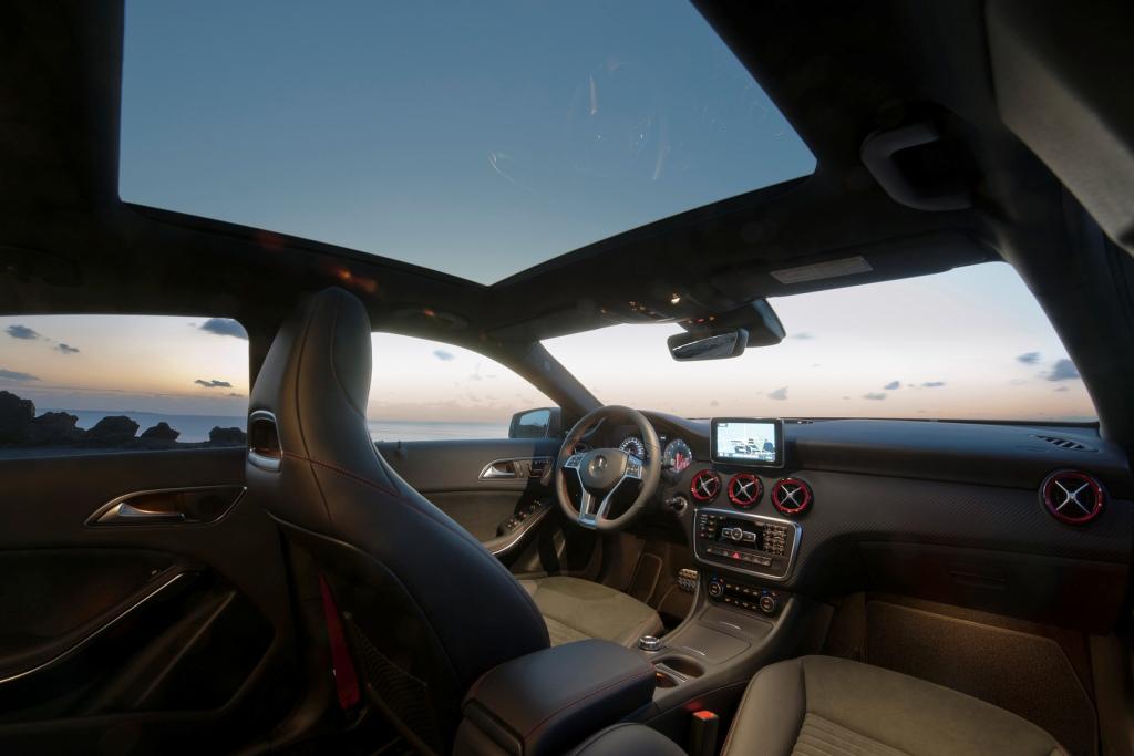 2013-Mercedes-A-Class-Interior-5.jpg?imgmax=1800