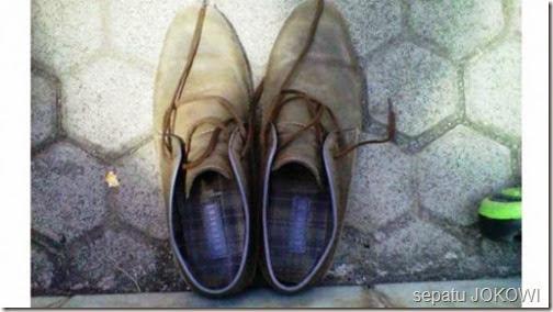 sepatu lusuh jokowi