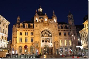 station Antwerpen-Sentraal  アントワープ中央駅