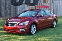 2013-Nissan-Altima-1