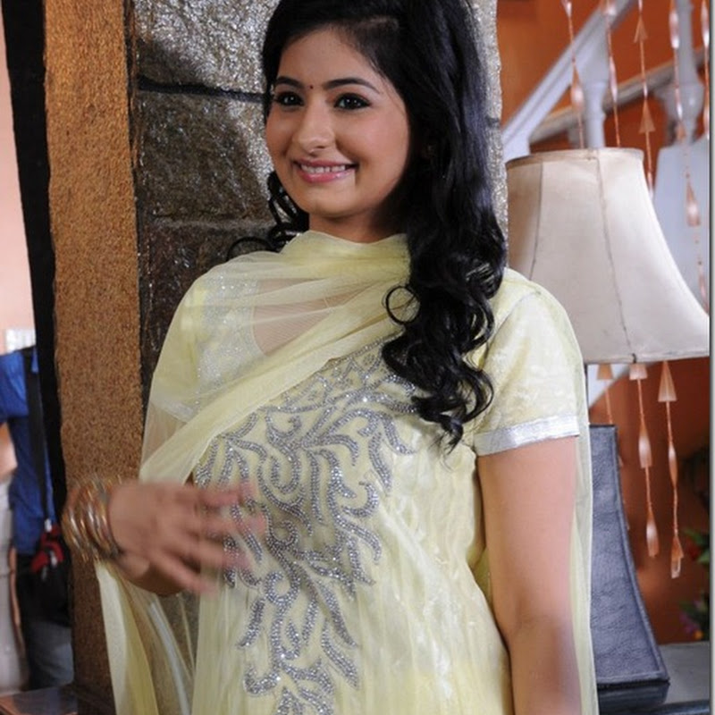 Reshmi Menon Latest Cute Photogallery