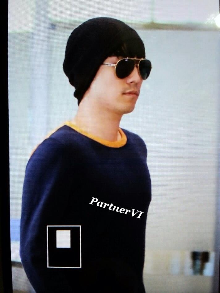 Seung Ri - Incheon Airport - 26may2013 - 03.jpg