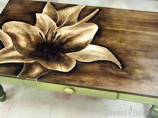 Декупаж на деревянного стола