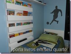 porta livros em seu quarto