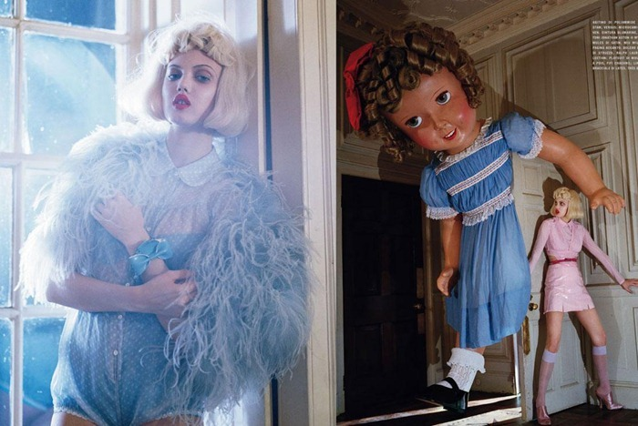 Tim_Walker_Vogue_IT_Jan2012_Lindsay_Wixon_09