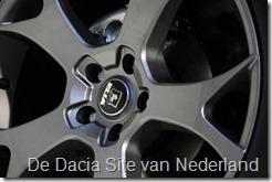 Dacia Duster Darkster 09