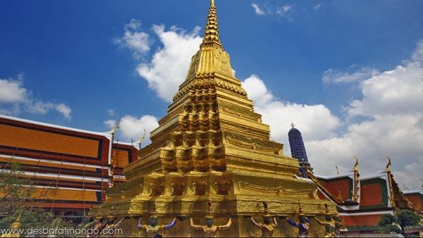 Khon figures guarding gilded stupa, Wat Phra Kaeo, Bangkok, Thailand