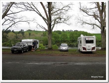Robin and Jenny togther with us at Moana Roa Reserve at Lake Karapiro