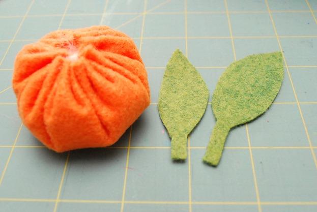 TangerineWreath6