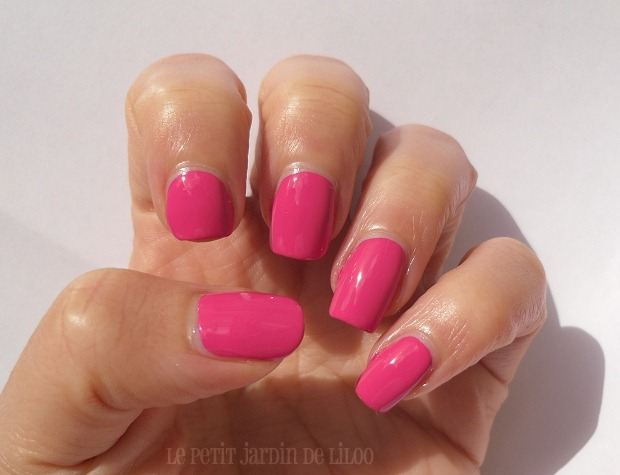 08-beauty-uk-nail-polish-candy-collection-lollilop-review-swatch