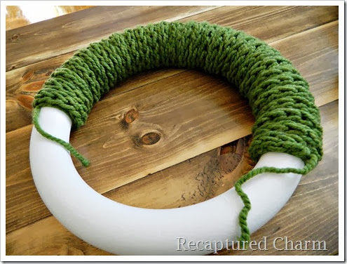 Christmas finger knitted Wreath2