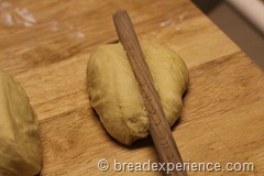 pumpkin-knot-yeast-rolls_1597_thumb[4]