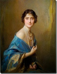 1 bl Philip de Laszlo (Hungarian artist, 1869-1937) Elizabeth Bowes-Lyon, Duchess of York, later Queen Elizabeth, the Queen Mother 1925.