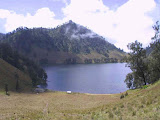 Semeru - Ranu Kumbolo from the south (Java Lava)