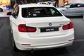 BMW-320i-6