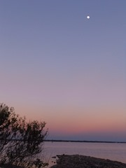 Full Moon after sunset...Eglin AFB