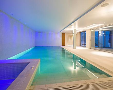 Casa de lujo en londres proyecto de arquitectura de for Casas de lujo con jardin y piscina