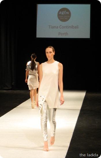 Tiana Continibali - AGFW Fashion Show 2012 (2)