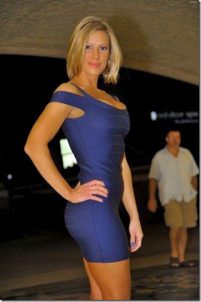 tight-dresses-bodies-34