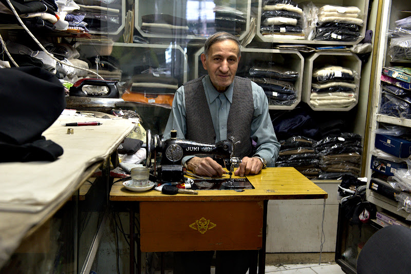 Si croitorul unde am rezolvat pantalonii.