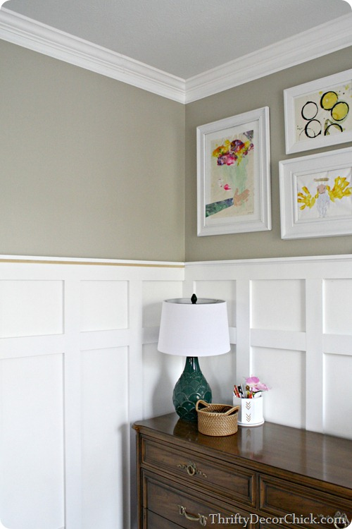 board and batten walls @thriftydecorchick