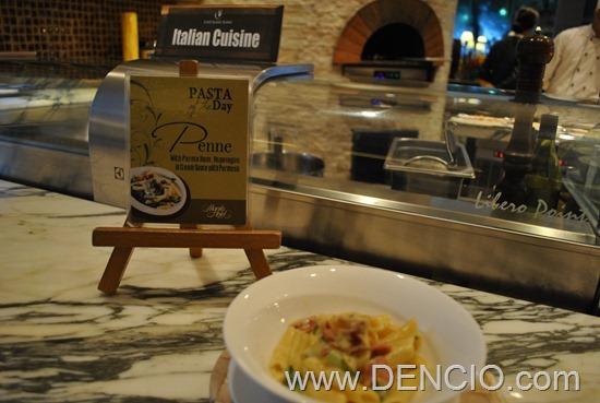 Cafe Ilang Ilang Buffet Manila Hotel 085