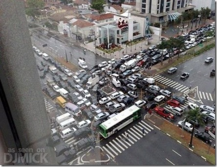 insane_traffic_jams_640_56