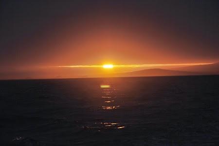 Imagini Galapagos: Apus de soare si Insula Bartholomeo