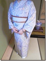 素敵な白大島紬に塩瀬の帯で (2)
