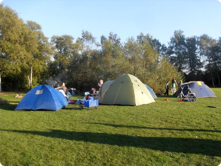 Overnatning i telt med tolv skønne unger - september 2013