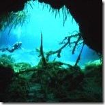 sungai-di-bawah-laut-1