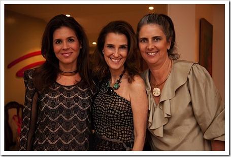 Angela Hall, Bebel Schmidy e Kika Gama Lobo
