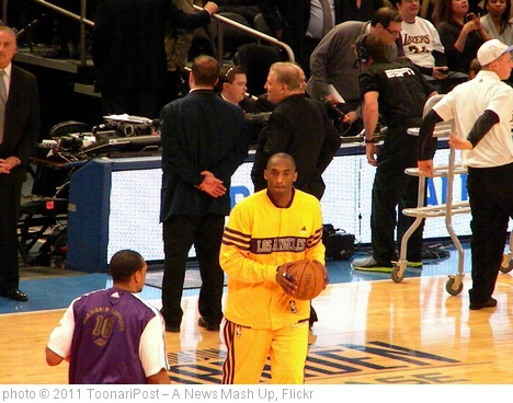 'Kobe Bryant - Shoot Around' photo (c) 2011, ToonariPost ?? A News Mash Up - license: http://creativecommons.org/licenses/by-sa/2.0/