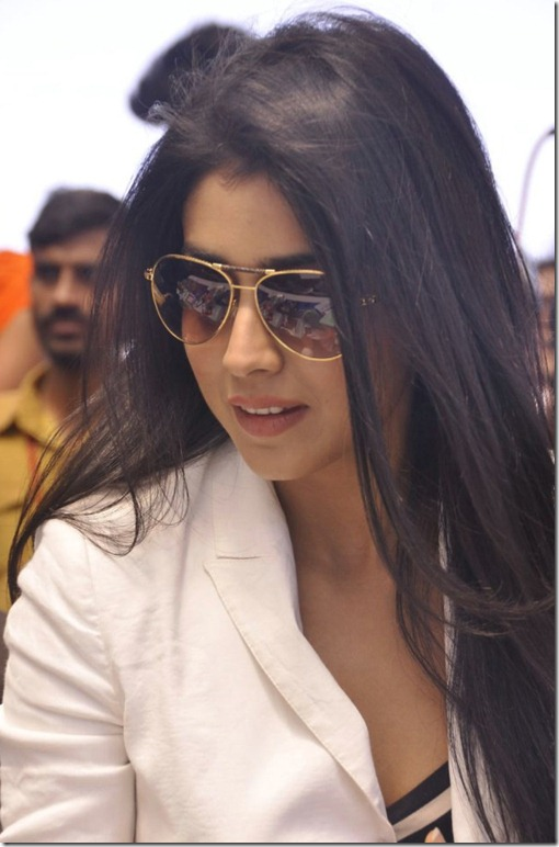 Shriya Saran Latest Stills at Apollo Hospitals Fashion Show