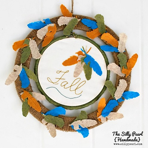 Fall Felt Feather Wreath --- The Silly Pearl