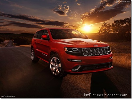Jeep-Grand_Cherokee_SRT_2014_800x600_wallpaper_01